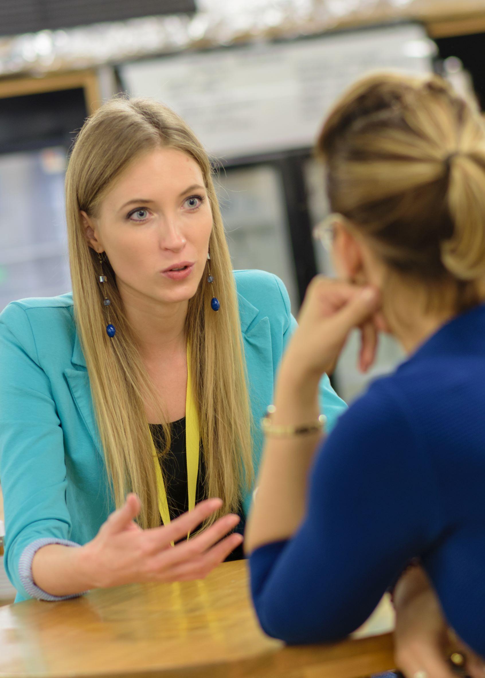 voice-coach-egyéni-tréning-csoportos-beszédtréning-beszédtechnika-oktatás
